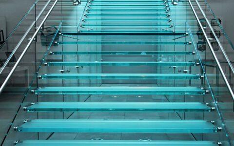 Ограждение-лестниц-стекло_1